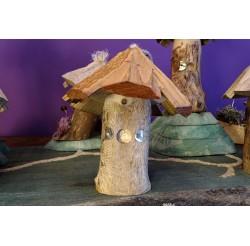 """Cabanes des lutins en bois recyclés """"frêne"""" fabrication artisanale"""