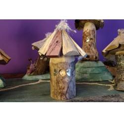 """Cabanes des lutins en bois recyclés """"sapin et châtaignier"""" fabication artisanale"""